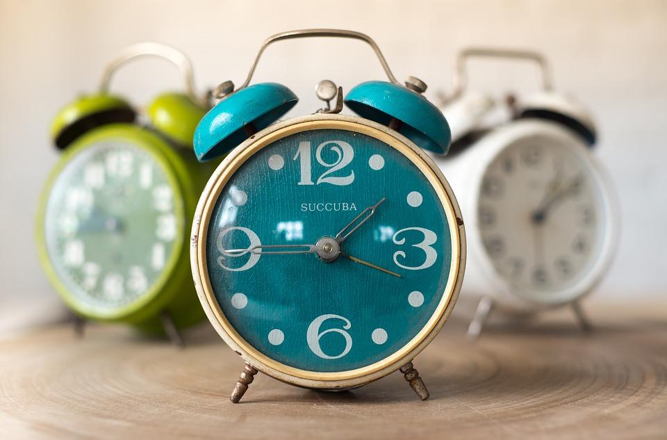 カラフル時計
